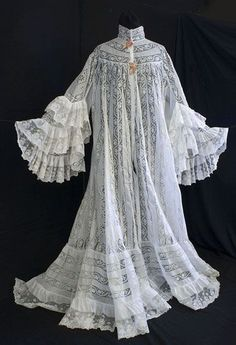 """hoopskirtsociety: """" Ruffled lace and cotton peignoir, c.1905, from the Vintage Textile archives. """""""
