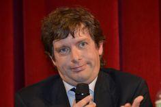 Dopo l'apertura di Fassina ai candidati Cinque Stelle per Roma ora tocca a Pippo Civati candidare il liberista segretario di Radicali Italiani...