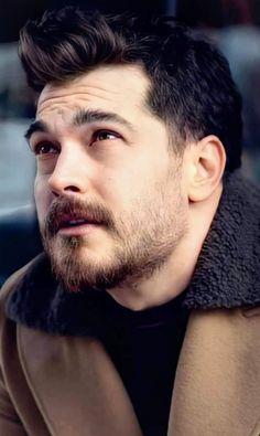 Pin By Saina Rashidi On Cagatay Ulusoy In 2021 Turkish Beauty Turkish Actors Beautiful Men