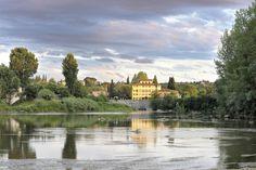 Villa La Massa: Blick über den Arno zur Villa la Massa