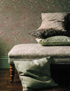 Chrysanthemum Toile, Morris Vol V Wallpapers, DMOWCH102, £51