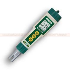 http://termometer.dk/labinstrument-r12931/exstik-ledningsevnemaler-med-fire-maleparametre-53-EC400-r12939  ExStik, ledningsevnemåler med fire måleparametre  Meter med automatisk indstilling funktion giver 3 serier af målinger fra postevand til spildevand og andre vandige opløsninger  Enheder omfatter us / cm, mS / cm, ppm, ppt, mg / L, og g / L  Justerbar Ledningsevne TDS forholdet faktor 0,4 til 1.0 - beregner gnidningsløst TDS værdi  Stort 3-1/2 cifret digital display...