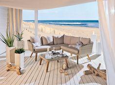 miaVILLA_Gemütliches Lounge-Set aus Kunststoffgefelcht.