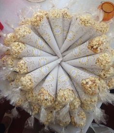 Popcorn favors for your ! Order bulk popcorn from us and create thes Popcorn Wedding Favors, Popcorn Favors, Candy Favors, Baby Shower Favors, Baby Shower Gifts, Popcorn Cones, Candy Cone, Ice Cream Theme, Pop Corn