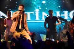 Netinho no palco em seu show em julho de 2012 em Natal/RN.