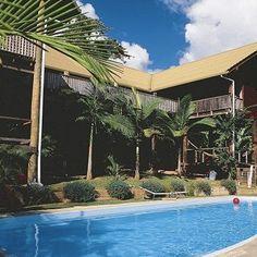 Treehouse Youth Hostel, Mission Beach, Australia.