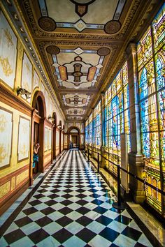Things To See In Mexico City The colorful Chapultepec Castle in Mexico City.The colorful Chapultepec Castle in Mexico City. Cool Places To Visit, Places To Travel, Travel Destinations, Travel Around The World, Around The Worlds, México City, Mexico Travel, Travel Images, Instagram