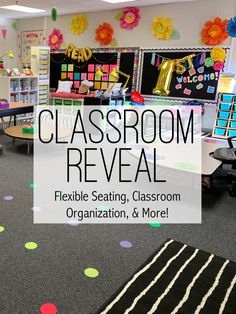 Take a look at the classroom organization and set up of Keeping Up with Mrs. Great ideas on classroom library, listening center, flexible seating, and more! Classroom Setting, Primary Classroom, Classroom Setup, Classroom Design, Classroom Organization, Classroom Management, Classroom Discipline, Classroom Environment, Class Management