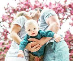 """MyFacepot auf Instagram: """"Was für eine fantastische Idee für ein #Babyfoto , die Arme werden von unten betrachtet zu einem großen Herzen ☀️  #familie #foto…"""""""