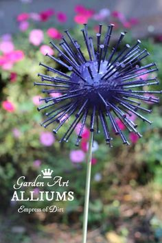 Have you ever seen giant, purple alliums in bloom in the spring? This is a quick and easy garden art project made from thrift shop items to mimic the look of those massive, globe-shaped flowers. diy garden art How to Make Giant Garden Art Alliums Diy Art Projects, Diy Garden Projects, Garden Crafts, Diy Garden Decor, Garden Ideas, Yard Art Crafts, Garden Decorations, Spring Projects, Garden Boxes