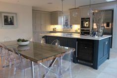 Kitchen Design Layout Island Open Floor Tile New Ideas Open Plan Kitchen Living Room, Kitchen Family Rooms, New Kitchen, Kitchen Ideas, Awesome Kitchen, Kitchen Paint, Kitchen Decor, Dining Room, Kitchen Flooring