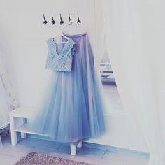 Nasza wspaniala suknia dusty blue ♡♡przedpremierowo w atelier #weddingroom #gdynia #atelierslubne #dustyblue #tulle #tiulowa #bride #season2017 #trendy #rustic #colorfull #blue #gray #weddingdress #sandomierska2 #slubnerewolucje #boho