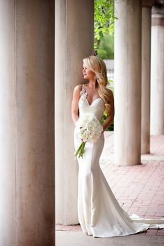 Glam Ivory Fishtail Wedding Dress with a Peony Bouquet | Hauntingly Beautiful Vintage Bridal Portraits | Jamie Fender, Photographer