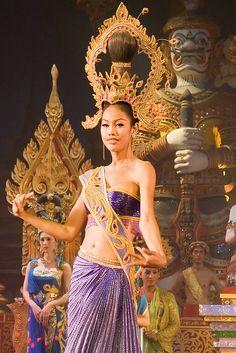 Thai dance by Georg F. Klein, via Flickr