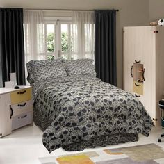 Twin Size 3-Piece Comforter Set with Black Tan Flower Skulls Design