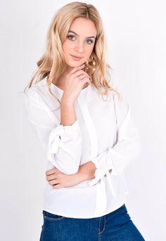 Biela blúzka z okrúhlym výstrihom a dlhým rukávom ukončeným viazaním. Spandex, Tops, Women, Fashion, Moda, Fashion Styles, Fashion Illustrations, Woman