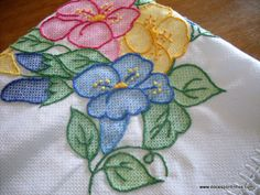 pics & tutorials for vagonite embroidery Learn Embroidery, Embroidery Patterns Free, Hand Embroidery Stitches, Silk Ribbon Embroidery, Crewel Embroidery, Cross Stitch Embroidery, Stitch Patterns, Embroidery Designs, Swedish Weaving Patterns
