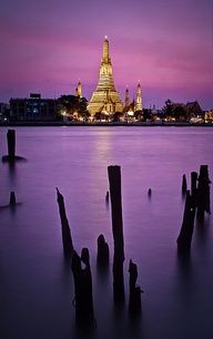 view of Wat Arun, temple of dawn, Bangkok