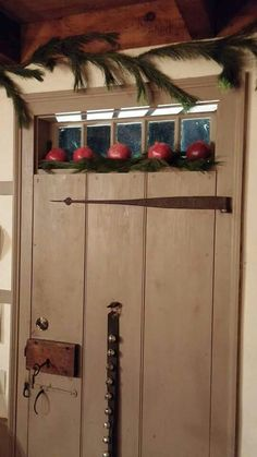Love this - maybe for one of our old doors in the house!