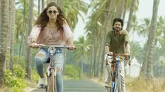 Have you ever played kabaddi with sea? Well, Shah Rukh Khan and Alia Bhatt are playing kabaddi with the sea in the teaser of 'Dear Zindagi'. The makers have named the teaser as The teaser is refreshing and will get a smile on your face. Latest Bollywood Movies, Bollywood News, Dear Zindagi Quotes, Srk Movies, English Vinglish, Box Office Collection, Alia Bhatt, Ripped Denim, Make You Smile