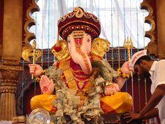File:Ganesh Visarjan in Pune.JPG
