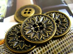Peony Bloom Metal Buttons , Antique Brass Color , 4 Holes , 0.75 inch , 10 pcs by Lyanwood, $5.00