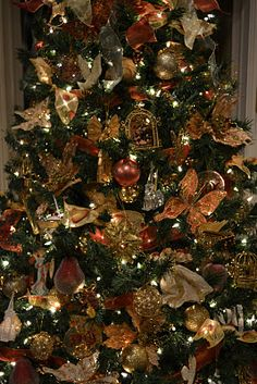 kristens creations gold christmas decorations gold christmas tree christmas tree ideas christmas 2016 - Copper Christmas Decorations