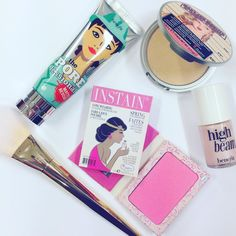 Today's beauty picks, and some of our favorite prouducts Link in bio #iglowno #beauty #makeup #realtechniques #boldmetals #archedpowder #makeupbrush #benefit #porefessional #highbeam #thebalm #maryloumanizer #highlighter #blush #lace #love