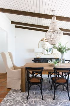 Bon Modern Farmhouse Dining Room Decor Ideas #modernfarmhouse #diningroom  Farmhouse Renovation, Farmhouse Interior,