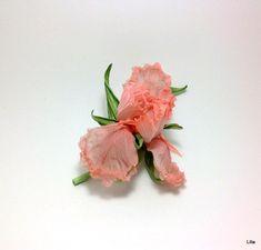 Ирис из шелка. Цветы из шелка. Брошь – купить в интернет-магазине на Ярмарке Мастеров с доставкой - FBL7PRU