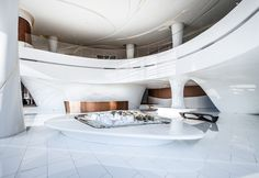 Greenland-Sales-Center-Zhengzhou-MRT-Design: It's like a spaceship in there! So much white. Architecture Building Design, Interior Architecture, Sales Office, Office Lobby, Mall Design, Sales Center, Hospital Design, Hotel Lobby, Office Interior Design