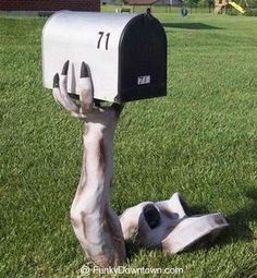 Funniest And Coolest Mailboxes | Funky Downtown