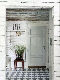 my scandinavian home: swedish cottage Swedish Farmhouse, Swedish Cottage, Swedish Decor, Swedish Style, Swedish House, Farmhouse Style, Swedish Design, Swedish Kitchen, White Farmhouse