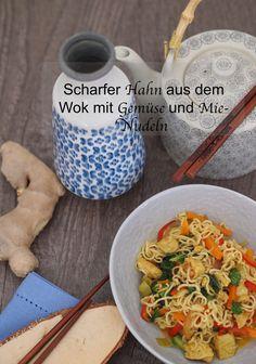 Lust auf ein asiatisch angehauchtes Gericht? Scharfer Hahn aus dem Wok mit viel leckerem Gemüse, Kokosmilch und Mie-Nudeln.   Das Rezept gibt's auf: www.sarahs-greenfield.blogspot.com