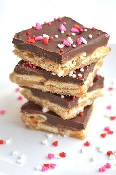 cracker toffee bars