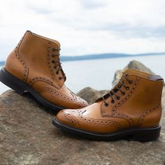 The Robinson Benjamin Harrison in whiskey calf. A handcrafted brogue boot from the exclusive Robinson Presidential collection. Ankle Boots Men, Leather Ankle Boots, Calf Leather, New Shoes, Men's Shoes, Dress Shoes, Benjamin Harrison, Shoe Tree, Types Of Shoes