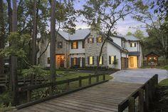 Beautiful rental in Houston - 10915 E Bridgewood St, Hunters Creek TX, 77024 #mansion #dreamhome #dream #luxury http://mansion-homes.com/dream/luxury-home-rental-in-houston/