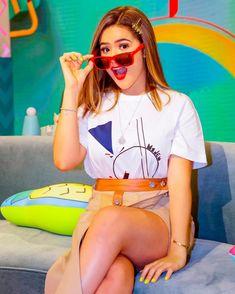 Princesas Disney, Youtubers, Girl Power, Bff, Hot Girls, Teen, Celebs, Crop Tops, Shirts