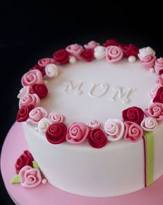 Write Name On Rose Birthady Cake For Sister. Free Create Happy Birthady Cake With Sister Name. Online Create Happy Birthday Cake For Sister.Free Print Name On H Pretty Cakes, Cute Cakes, Beautiful Cakes, Amazing Cakes, Beautiful Life, Fondant Cakes, Cupcake Cakes, Fondant Bow, 3d Cakes