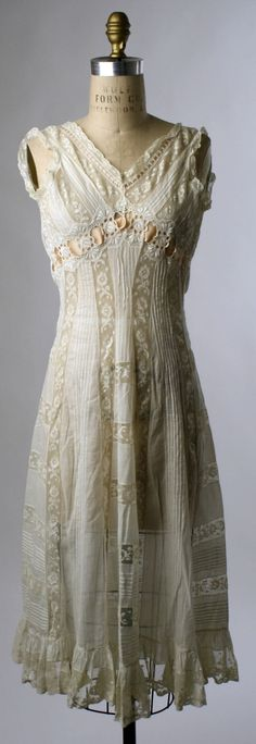 French Chemise  c. 1908 - so sweet and charming but also hot and confining - imagine having to wear this kind of thing every day, all day!