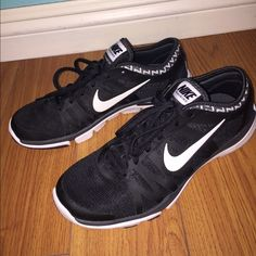 NIKE Training Flex Supreme Tr3 Shoes Worn a couple of times before, but not a lot. Good condition. Has some dirt on some areas but still looks new and great & is super comfy. I suggest to NOT buy this if you have wide feet. Nike Shoes Athletic Shoes