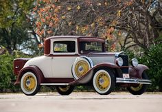 Dodge DD Business Coupe - 1930–32