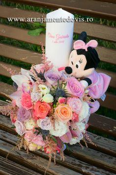Lumanare botez Minnie Mouse Minnie Mouse, Floral Wreath, Wreaths, Decor, Vestidos, Blue Prints, Floral Crown, Decoration, Door Wreaths