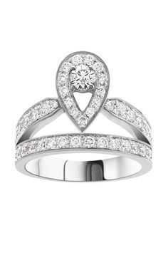 Our favourite Christmas engagement ring: Chaumet's Josephine Aigrette ring in white gold with diamonds