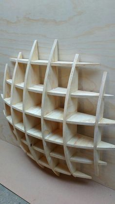 its v good low cost and easy work less space consuing beautyfull simple work of basic carpentry Creative Bookshelves, Bookshelf Design, Wall Shelves Design, Diy Shelving, Home Crafts, Diy Home Decor, Diy Furniture, Furniture Design, Easy Woodworking Projects