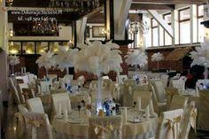 dekoracja strusie póra Chandelier, Ceiling Lights, Table Decorations, Furniture, Home Decor, Candelabra, Decoration Home, Room Decor, Chandeliers