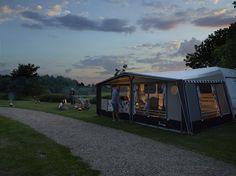 Heerlijk tot 's avonds laat samen zijn #Kamperen #Camping #Isabellavoortent