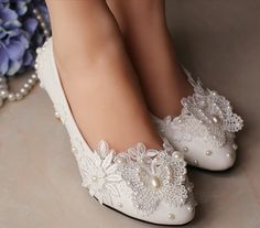 Flat Wedding Shoes Lace Bridal Shoes Butterfly Clip by Cocoangelly, $35.00