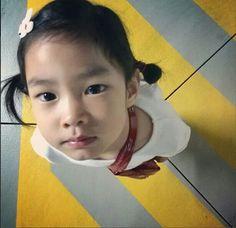 "Lee Haru:""What's up? Lee Haru, Alternative Hip Hop, Korean Tv Shows, Superman Baby, Asian Kids, Chic Baby, See On Tv, Kid Styles, Cute Faces"