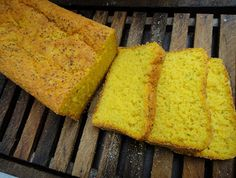 come-se: Pão de forma de abóbora com mandioca. Ou quinta se...